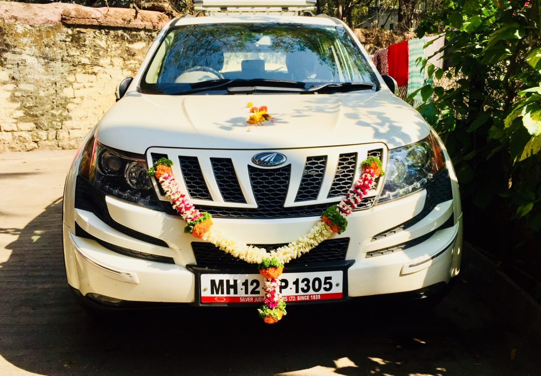 Mahindra XUV 500 w8 Autogenius Sagar shinde